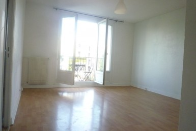 LOCATION-1754-VIRY-CHATILLON