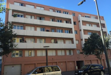 LGA200000709-perpignan-Garage-LOCATION