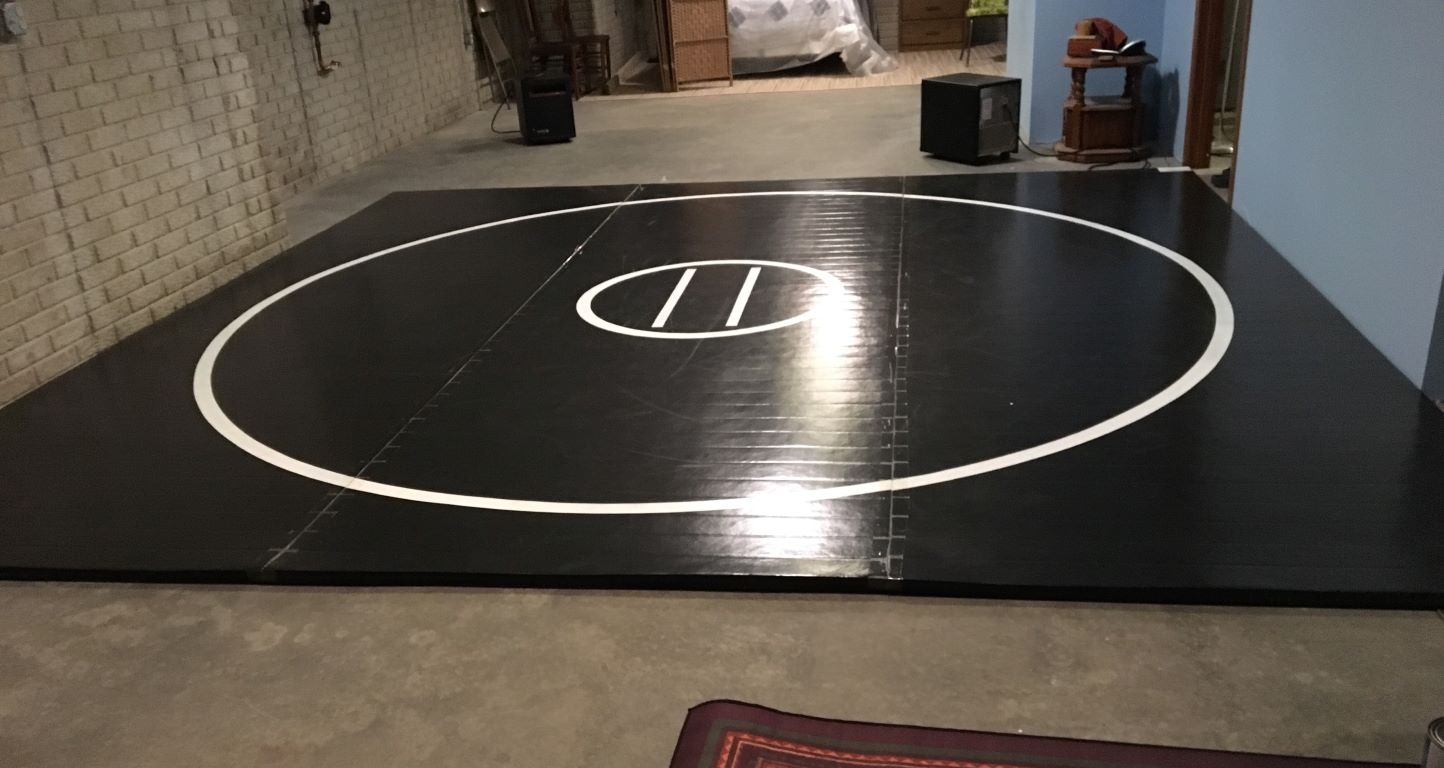 ome basement black wrestling mat