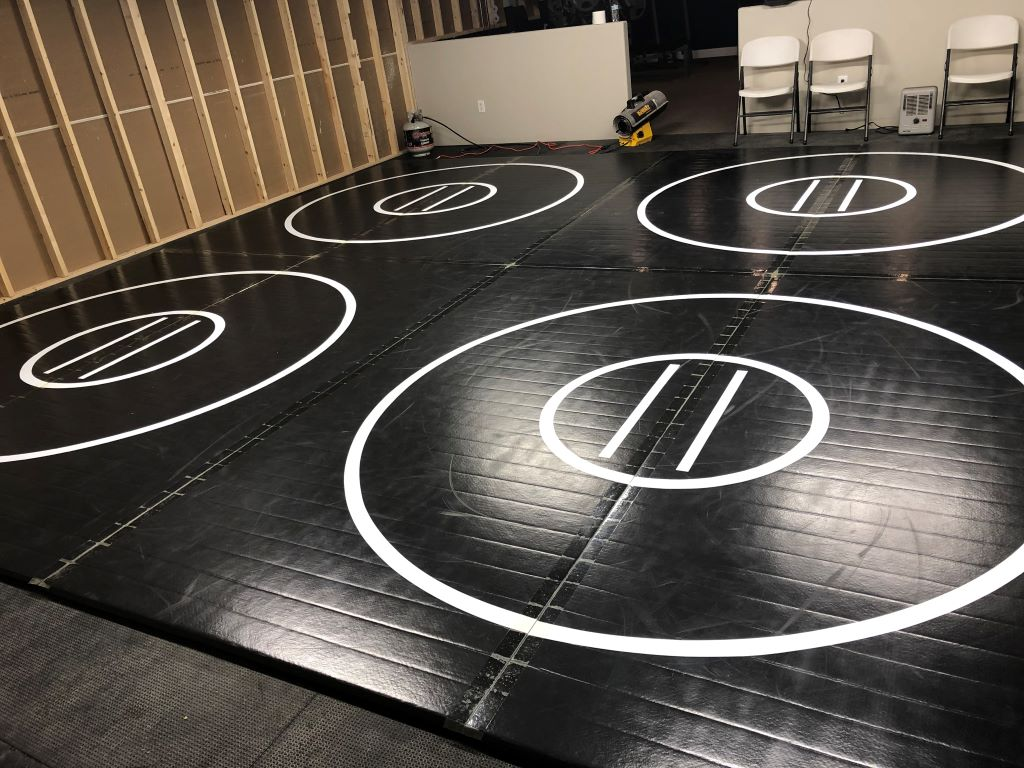 Black practice wrestling mat, black practice circles wrestling mat, high school wrestling mats