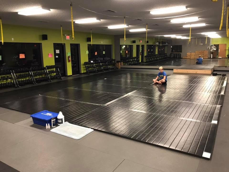 Black floor mats for martial arts