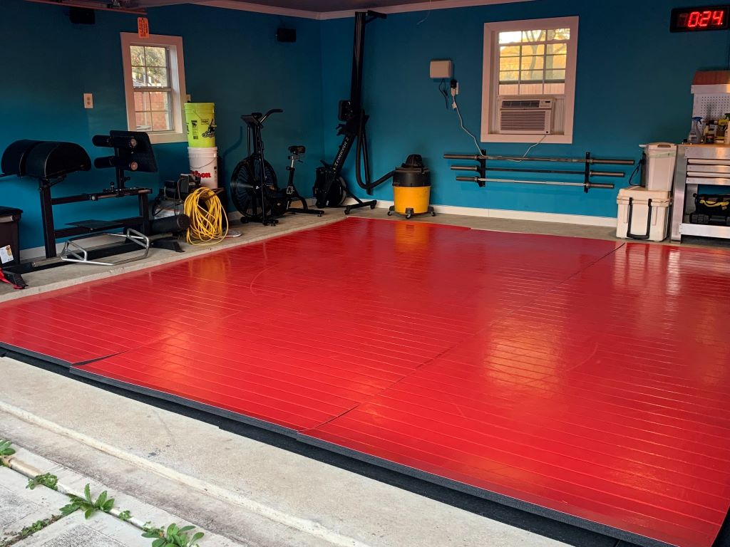 garage wrestling gym