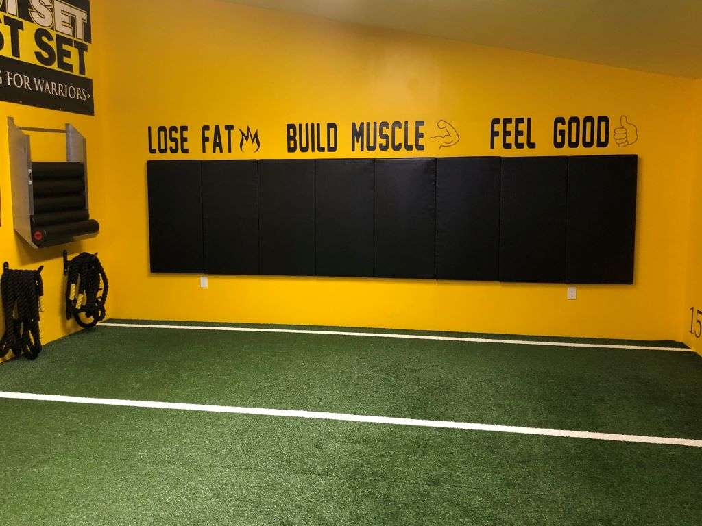Crossfit gym wall mat covering