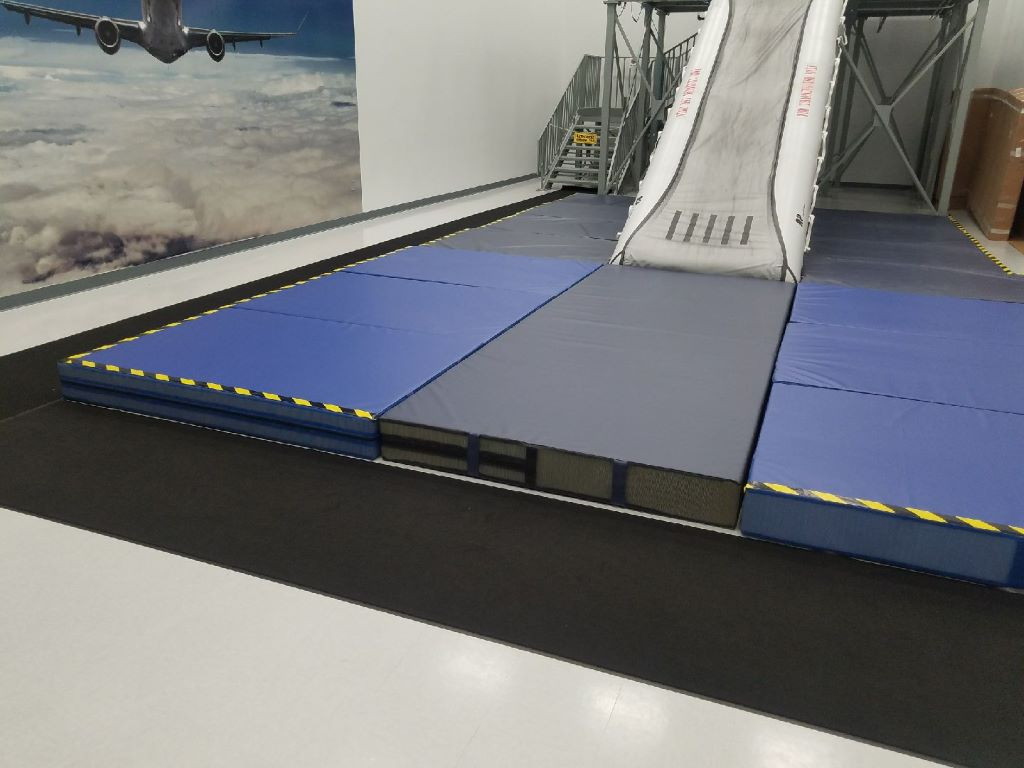 safety crash mats