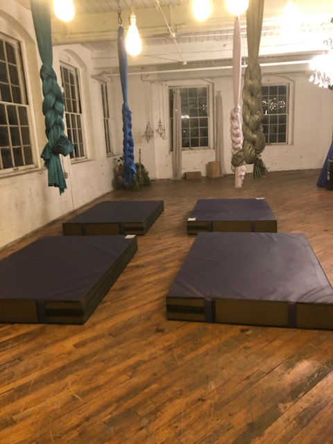 Aerial arts silk crash mats