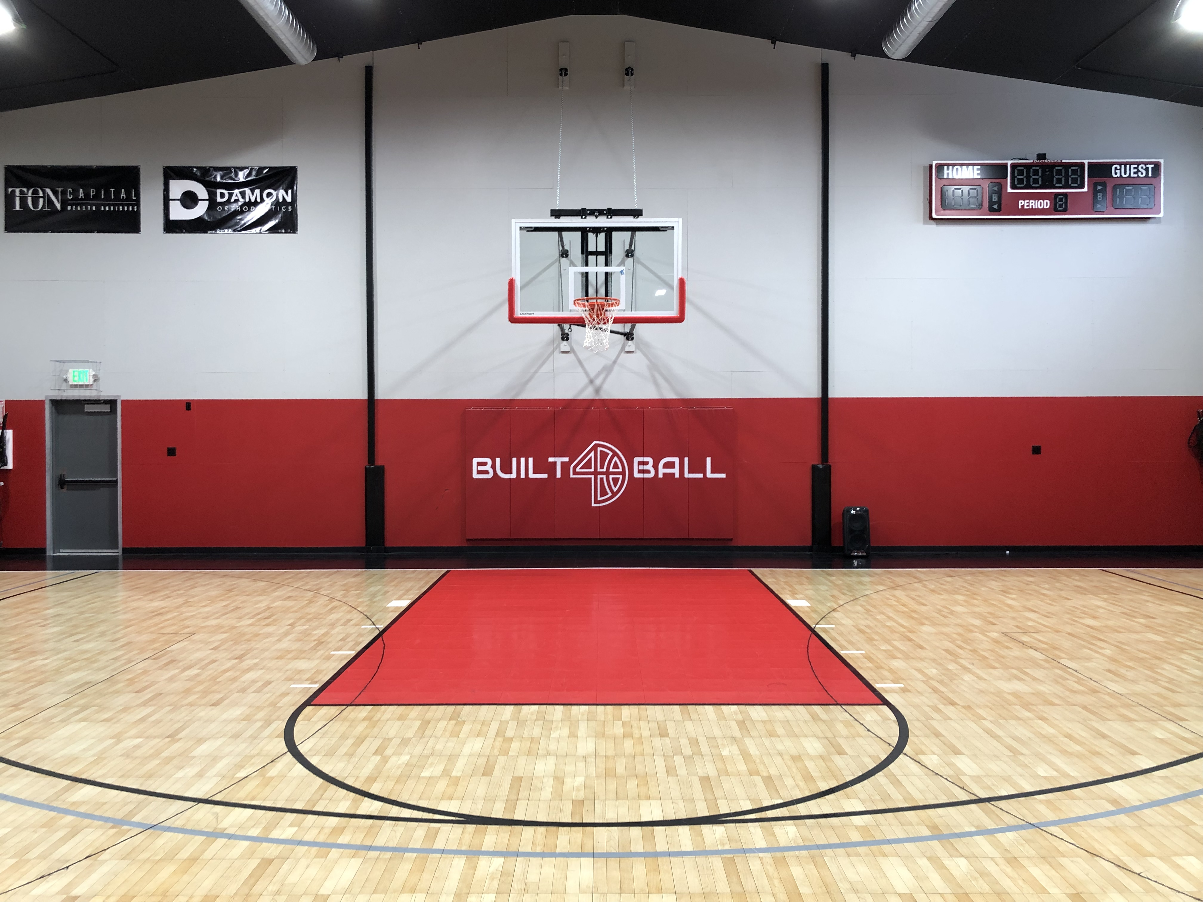Built 4 ball wall safety pads