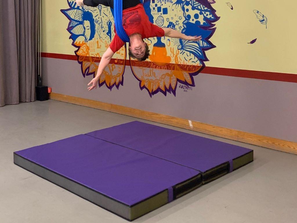 Aerial crash pad purple