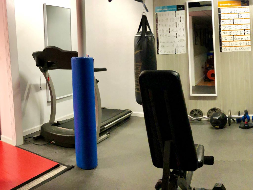 boxing room pole safety pad