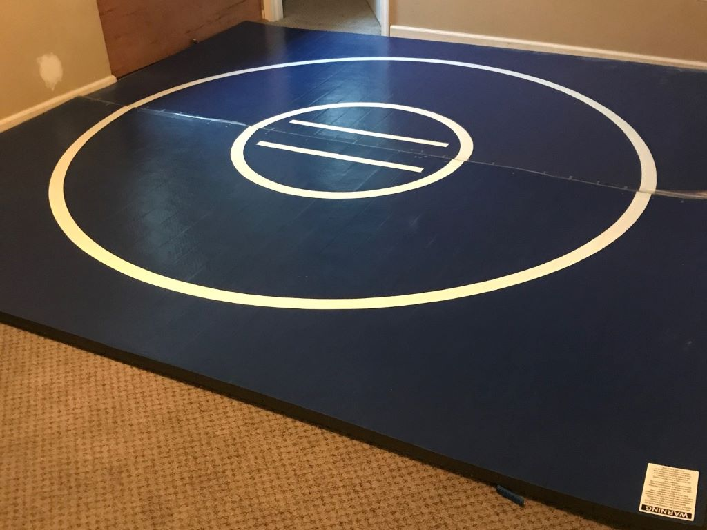 wrestling room blue