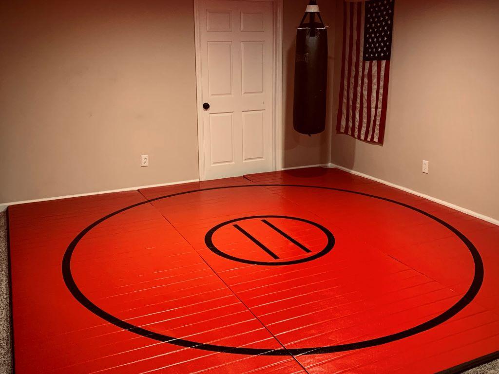 home wrestling room red