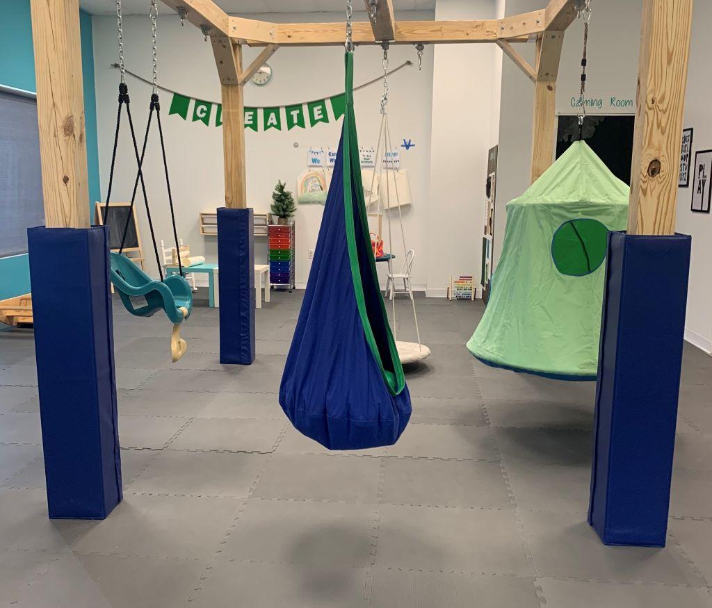 Sensory room protective pole pad blue