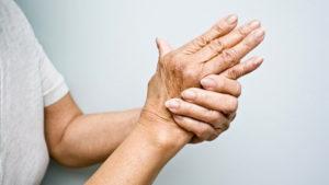 Alchemlife-Phytorelief CC-Arthritis in hand