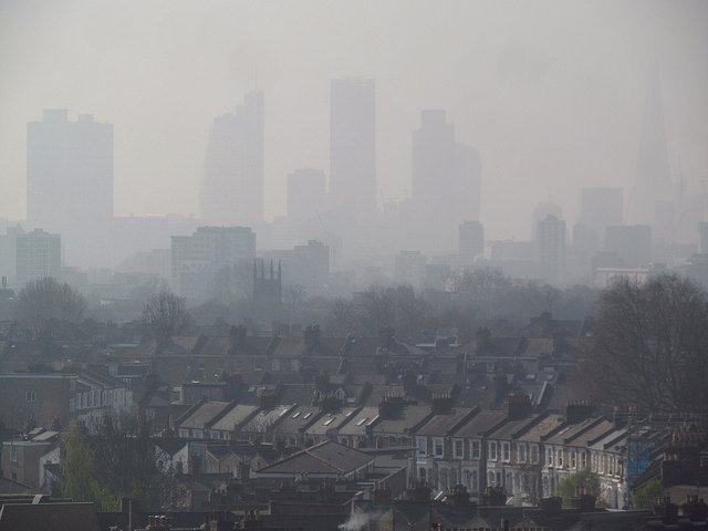 'Don't compare air pollution to smoking'