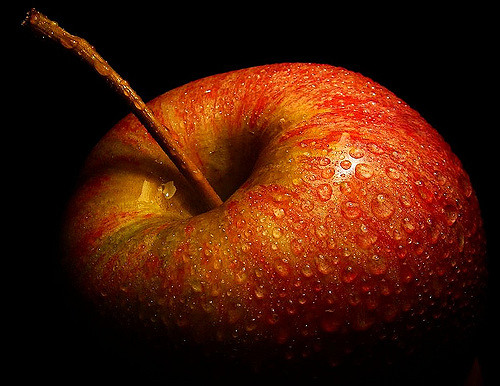 Constipation Problem? Adding An Apple To Your Daily Diet Will Keep Constipation At Bay