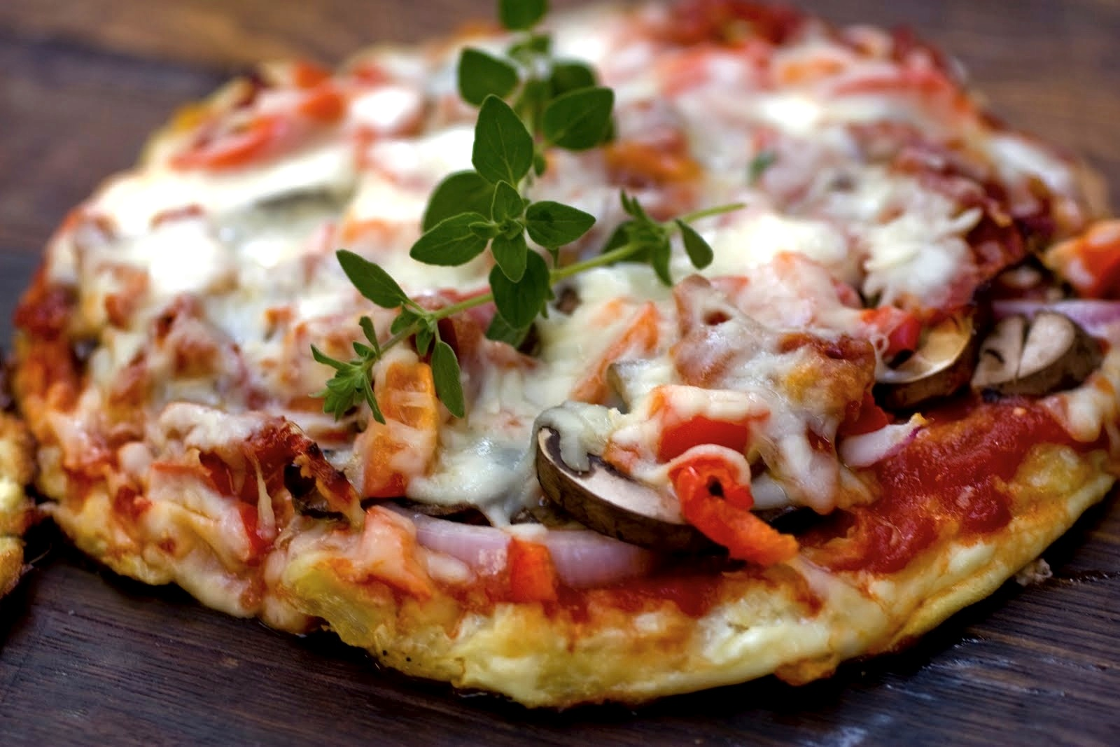 Gluten-Free Cauliflower Crust Pizza