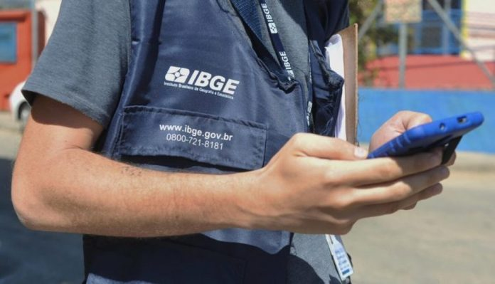 Novo concurso IBGE (Instituto Brasileiro de Geografia e Estatística) é para contratos temporários para cargos de níveis fundamental e médio, até R$ 2,1 mil. Inscrições abertas!