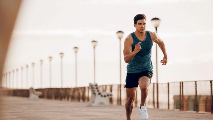 Correr, pular, nadar, fazer barra. Veja as exigências do TAF do Concurso PF 2021 e adicione os exercícios em sua preparação para o exame