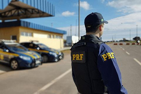 Você vai começar a estudar para carreiras policiais ou já iniciou a sua preparação, mas ainda tem algumas dúvidas sobre o mundo dos concursos públicos nesta área? Sendo assim, está na matéria certa!