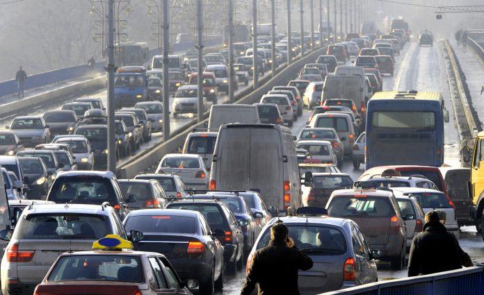 O aumento do limite de pontos e do tempo de validade da CNH estão entre as mudanças que entraram em vigor no Código de Trânsito Brasileiro recentemente. Entenda como o assunto é cobrado nos concursos!