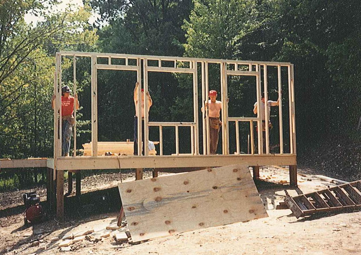 loh - Building-Woods-Cottage