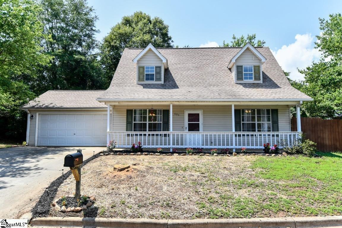 607 Forest Creek Circle