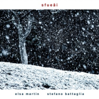 "Read ""Sfueâi"" reviewed by Neri Pollastri"