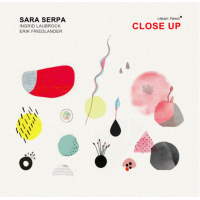 Album Close Up by Sara Serpa