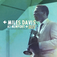 "Read ""Miles Davis at Newport 1955-1975: The Bootleg Series Vol. 4"" reviewed by Maurizio Comandini"