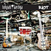 "Read ""Riot"" reviewed by Dave Wayne"