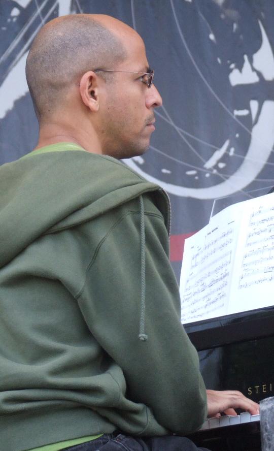 Edward Simon with David Sanchez Quartet (Soundcheck) at 2011 Chicago Jazz Festival
