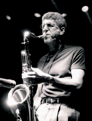 Bob Berg 1204208 Ronnie Scott's, London. Sept. 2002. Images of Jazz