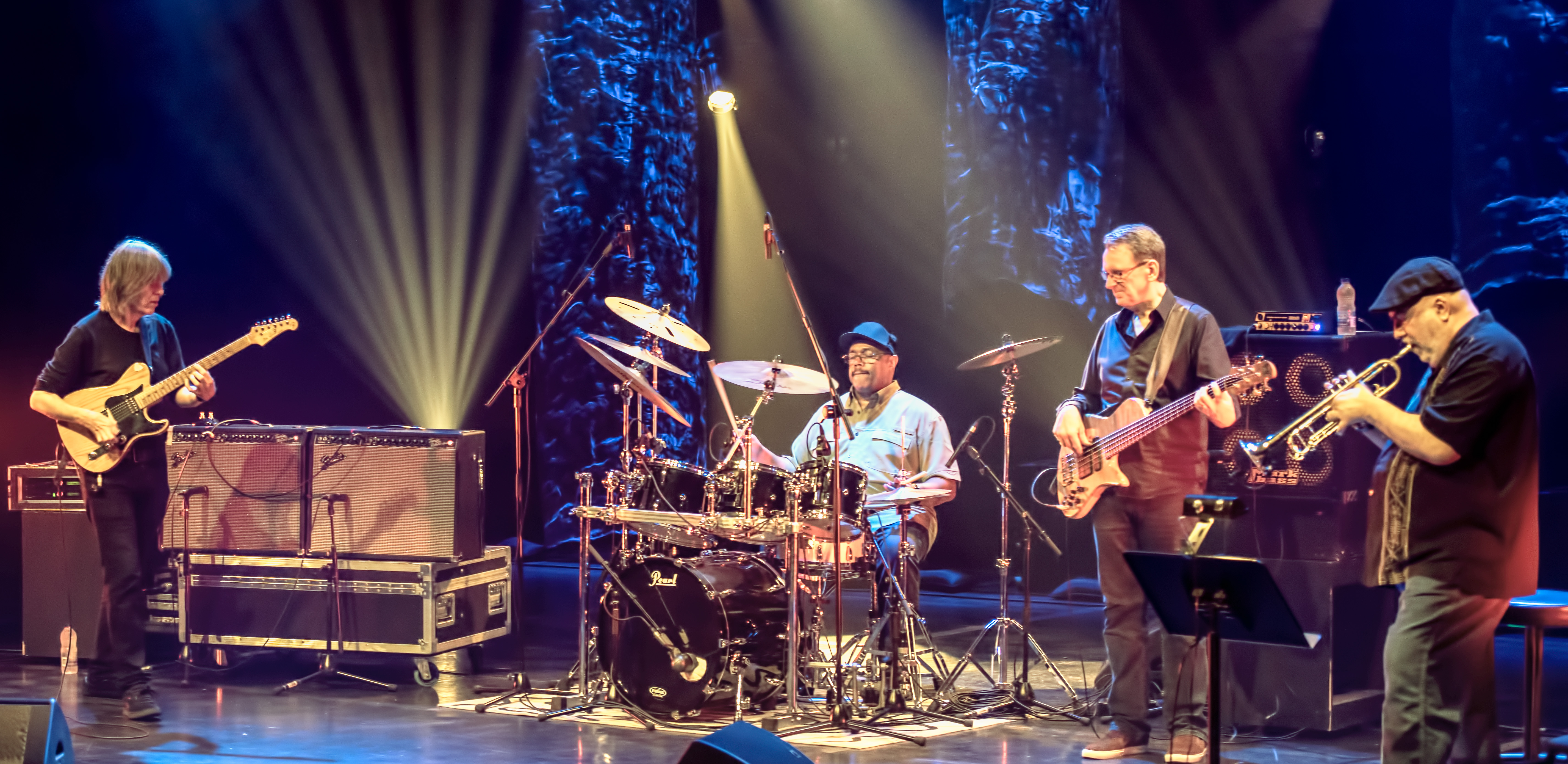 Mike Stern, Dennis Chambers, Tom Kennedy And Randy Brecker With The Stern/brecker Band At The Montreal International Jazz Festival 2018