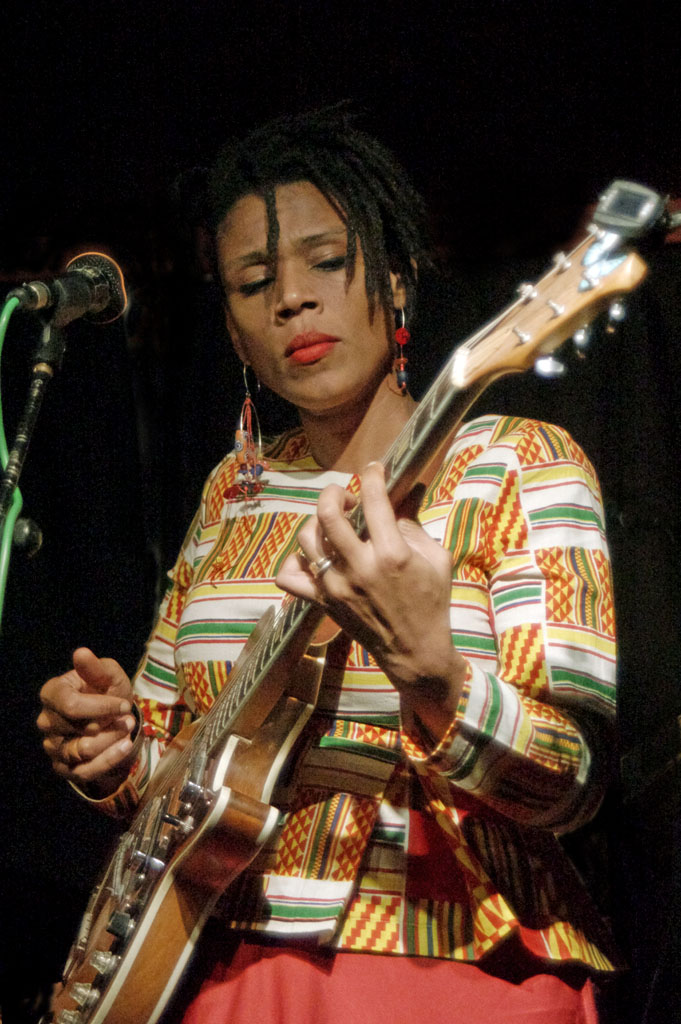 Carmen Souza's Silver Messengers
