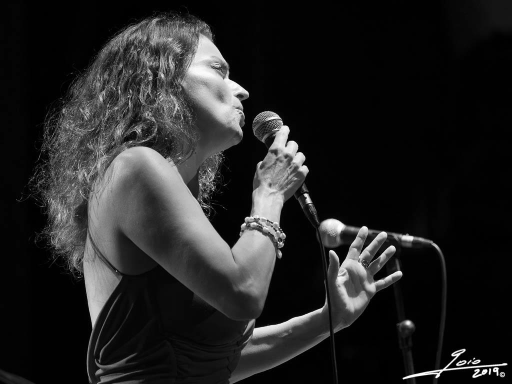 Roberta Gambarini-2019-(1)