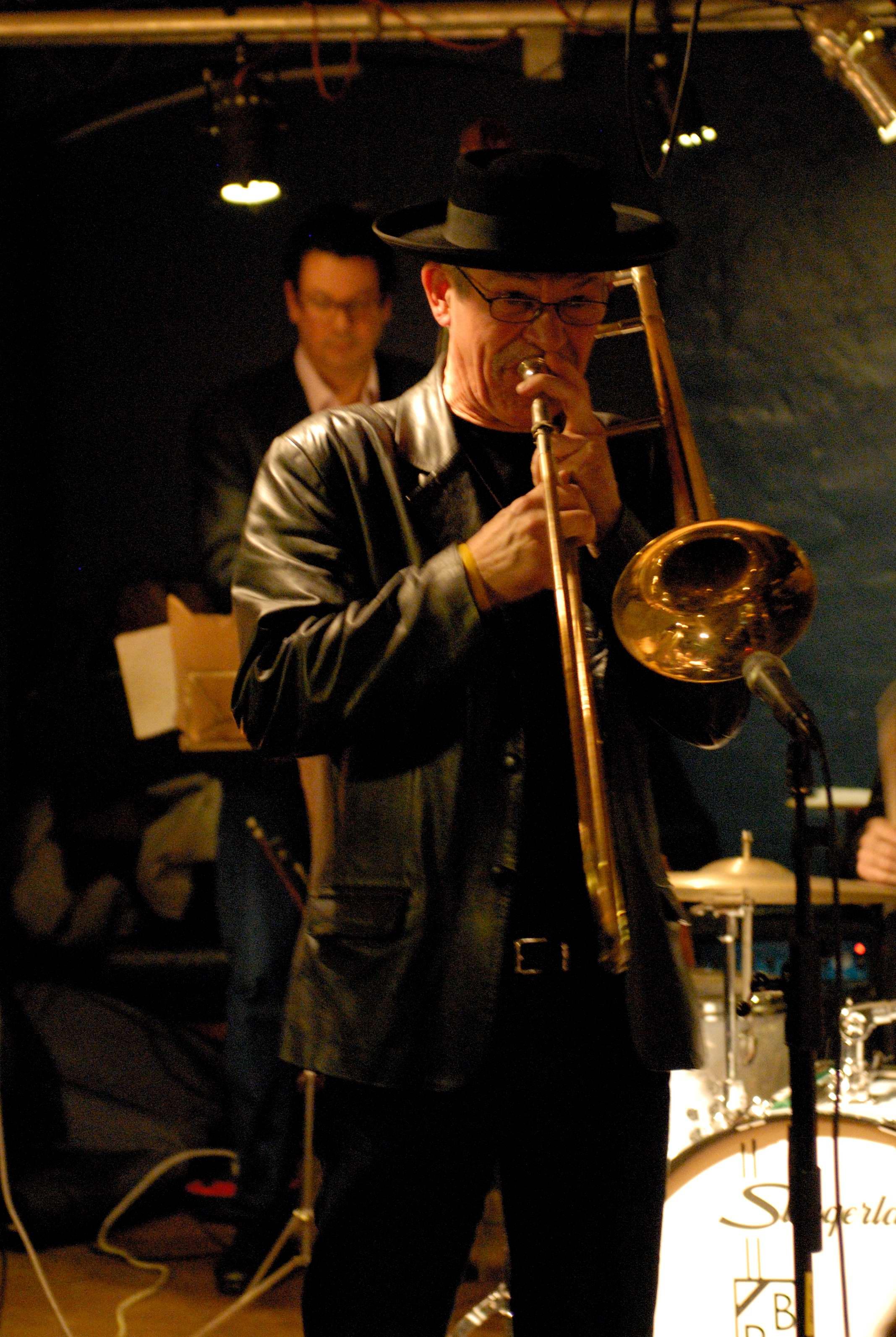 Monday Night Big Band Christmas Show