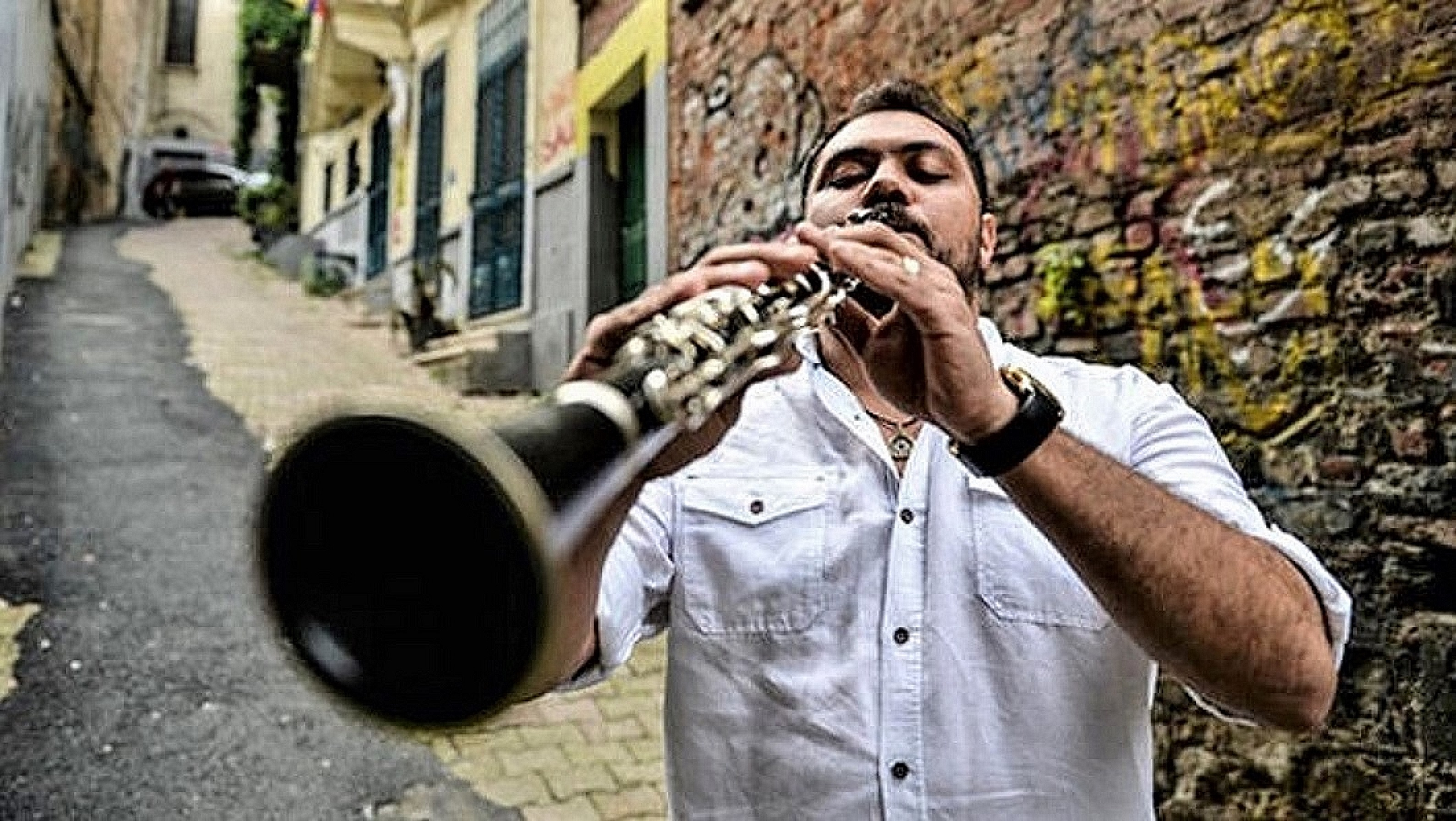 Roma Clarinetist Ramazan Sesler in Istanbul