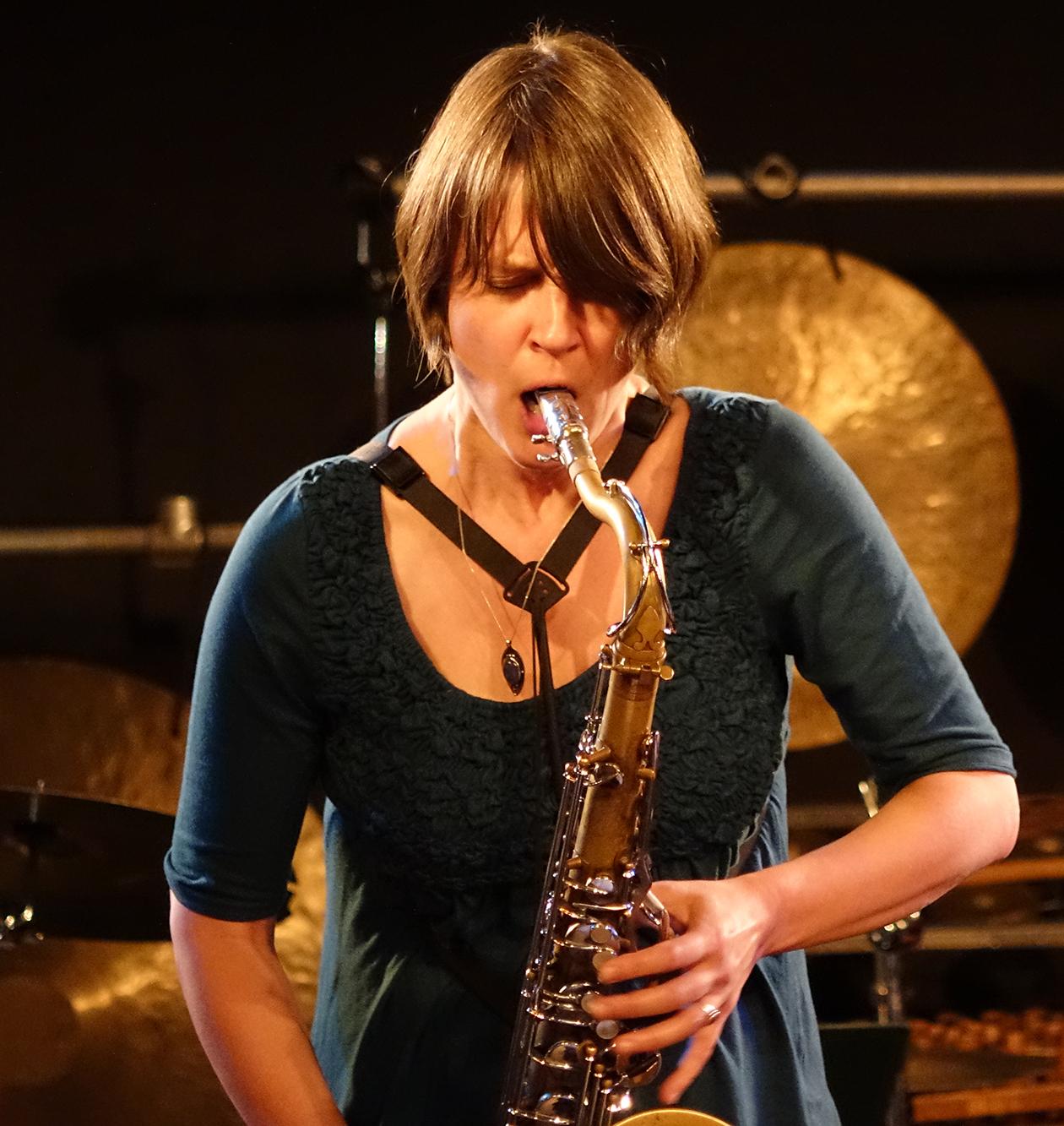 Ingrid Laubrock at Doek Festival 2015