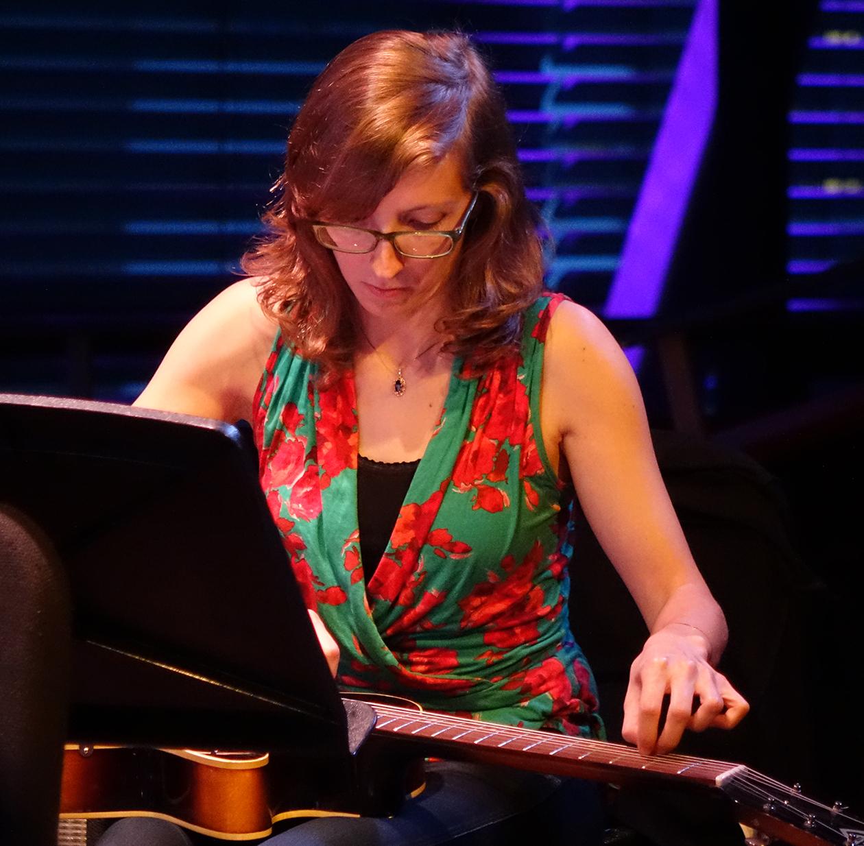 Mary Halvorson at Doek Festival 2015