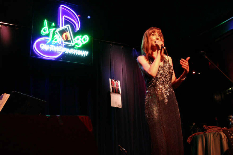 Laura Ainsworth at D'Jango on the Parkway