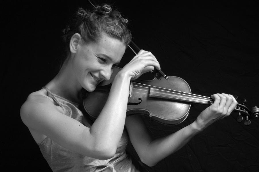 Olivia Moore Violinist
