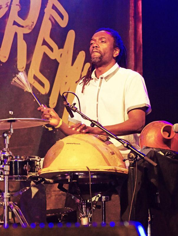 Adriano Adewale