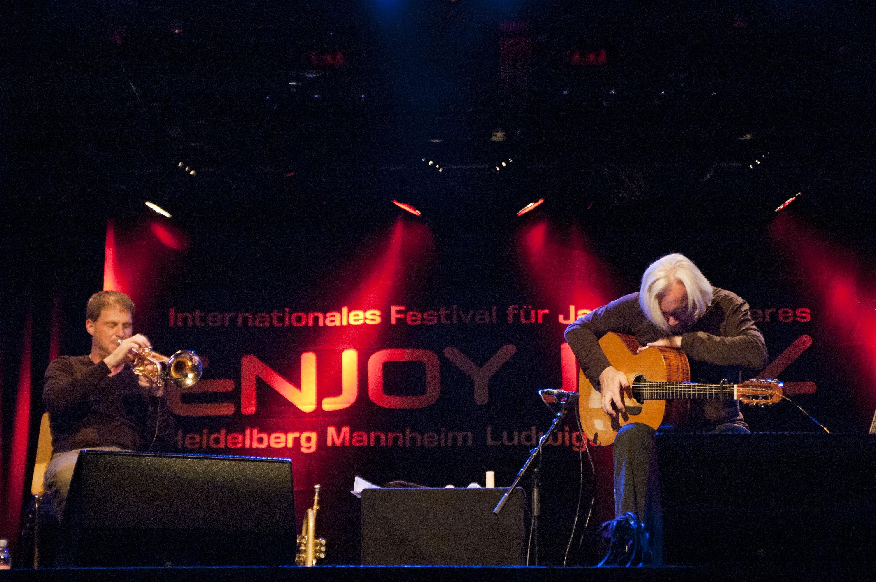 Ferrari - Siffling Duo at Enjoy Jazz 2011