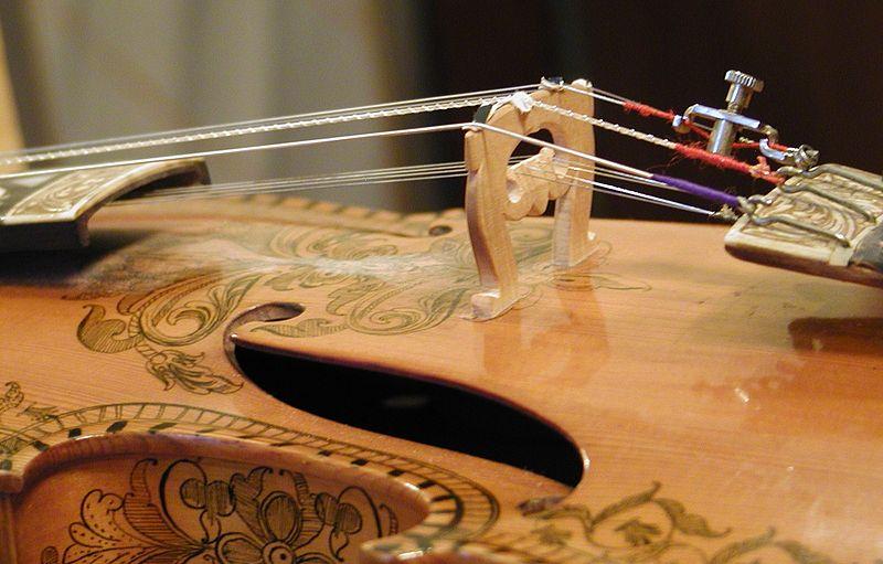 Hardanger fiddle detail