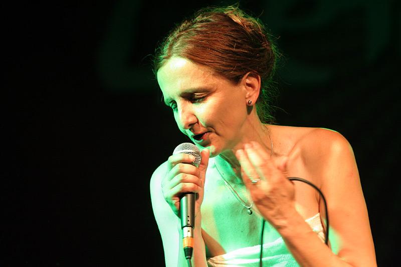 Tamara Obrovac Live