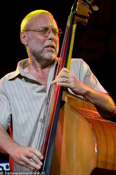 Dave Holland Playing Flamenco
