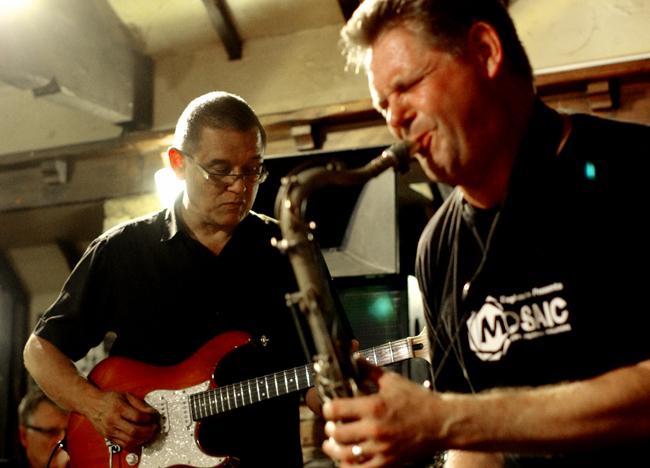 Tim Cansfield, Derek Nash