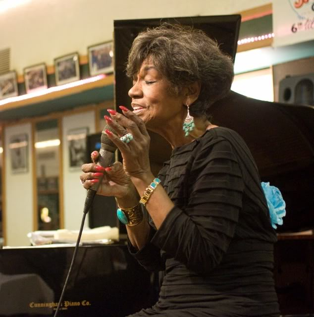 Vocalist Pearl Williams In Media Pa On Wednesday May 15th!