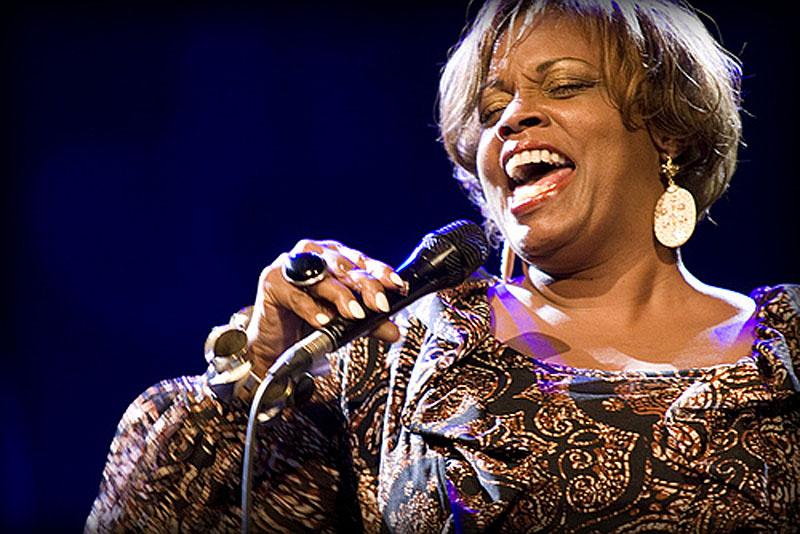 Dianne Reeves Performing at Jazzkaar 2010