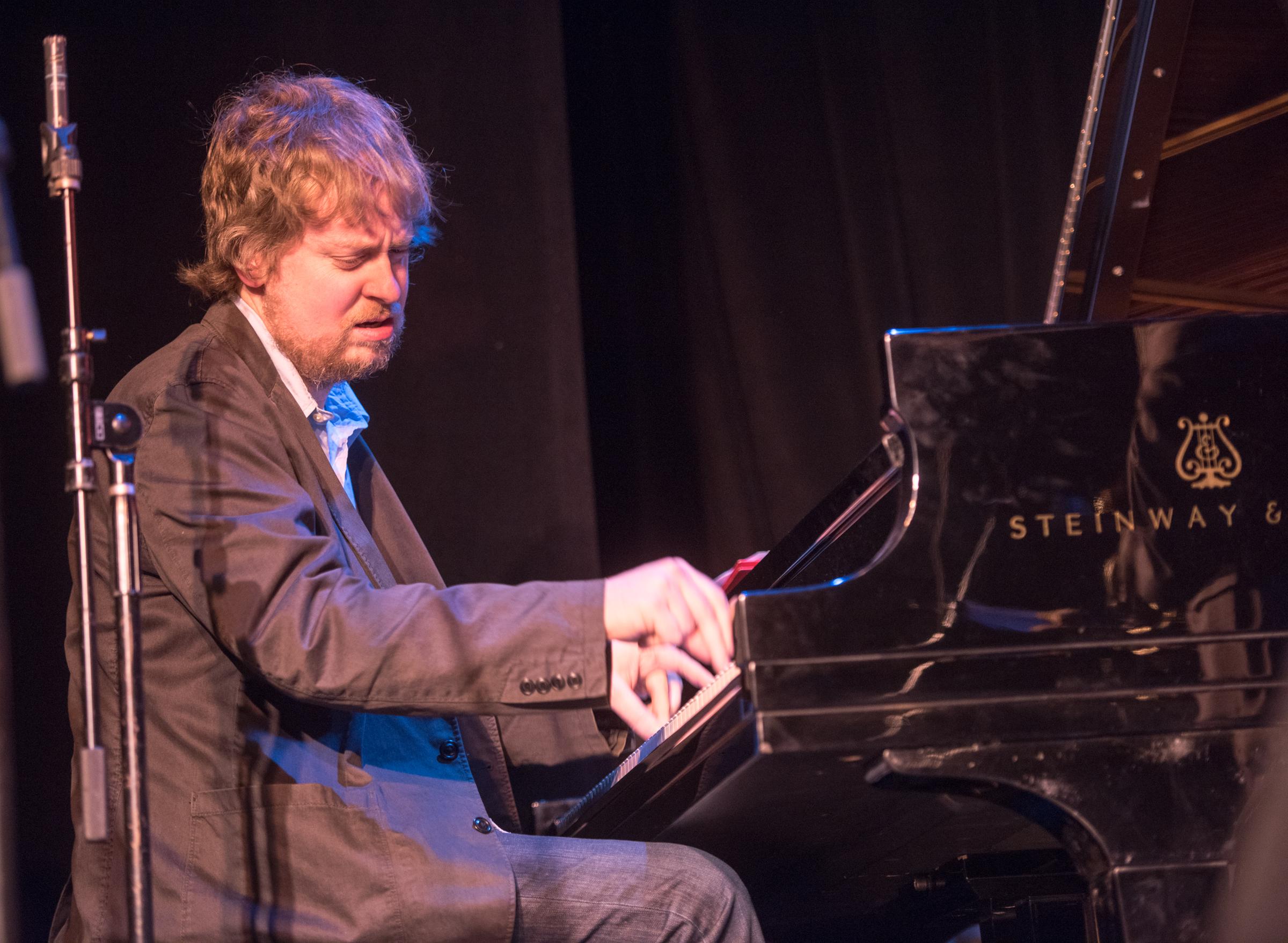 Matt Mitchell with the Darius Jones Quartet at the Nyc Winter Jazzfest 2015