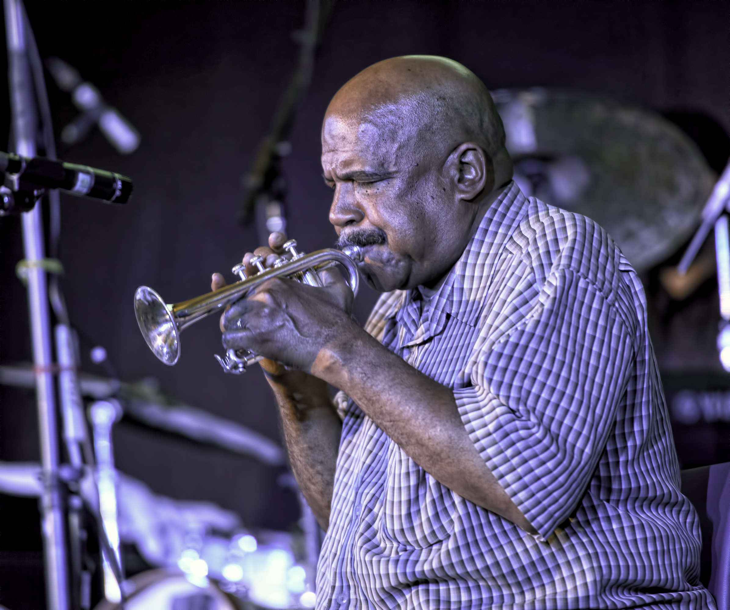 Hugh Ragin with Roscoe Mitchell at the 20th Anniversary Vision Festival 2015
